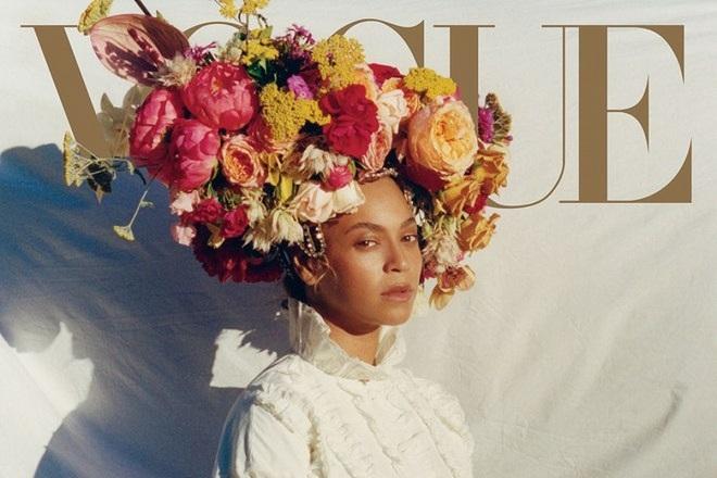 Η Μπιγιονσέ ποζάρει για τη Vogue: Τι είπε για την εγκυμοσύνη της