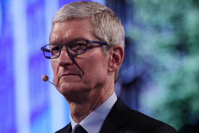 Ο Τιμ Κουκ ανακοίνωσε ότι η Apple προσφέρει 100 εκατ. δολάρια στον αγώνα κατά του ρατσισμού