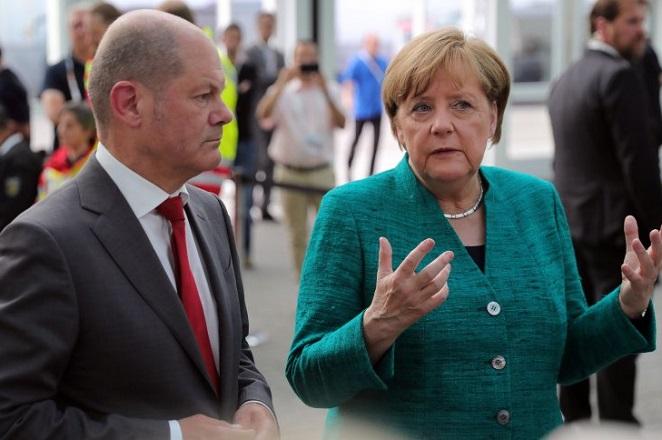 Το Βερολίνο θέτει αυστηρούς κανόνες για την εξαγορά γερμανικών εταιρειών