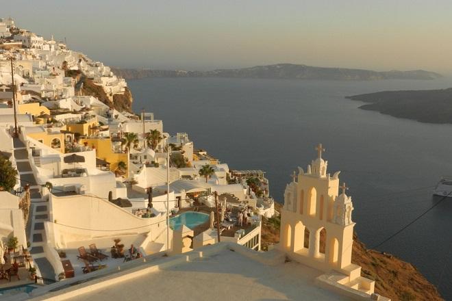 Φινλανδία και Σουηδία αναδεικνύουν την Ελλάδα ως ιδανικό προορισμό για διακοπές και γαμήλιο τουρισμό