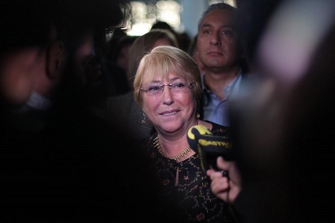 Bachelet participates in book launch for 'Las Ninas Pueden'