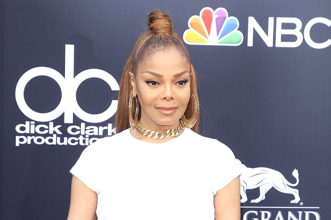 epa06753545 US singer-songwriter Janet Jackson arrives for the 2018 Billboard Music Awards at the MGM Grand Garden Arena in Las Vegas, Nevada, USA, 20 May 2018. The Billboard Music Awards finalists are based on US year-end chart performance, sales, number of downloads and total airplay.  EPA/NINA PROMMER