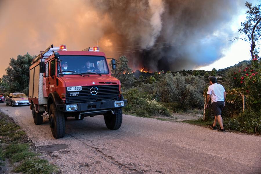 Οριοθετήθηκε η πυρκαγιά στην Εύβοια – Δορυφορική καταγραφή των ζημιών ζητά η ΓΓΠΠ