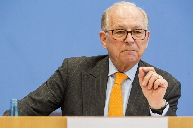 epa06505204  Wolfgang Ischinger, the Chairman of the Munich Security Conference, attending a press conference for the annual Munich Security Report, at the Bundespressekonferenz house in Berlin, Germany, 08 February 2018. Munich Security Conference Foundation publishes its annual Munich Security Report 2018, under the heading 'To the Brink - and Back?', providing an overview of major security policy issues and features data, analyses, maps and infographics. This year's main topics includes the crisis of the liberal international order and the impact of the first year of Donald Trump's presidency.  EPA/OMER MESSINGER