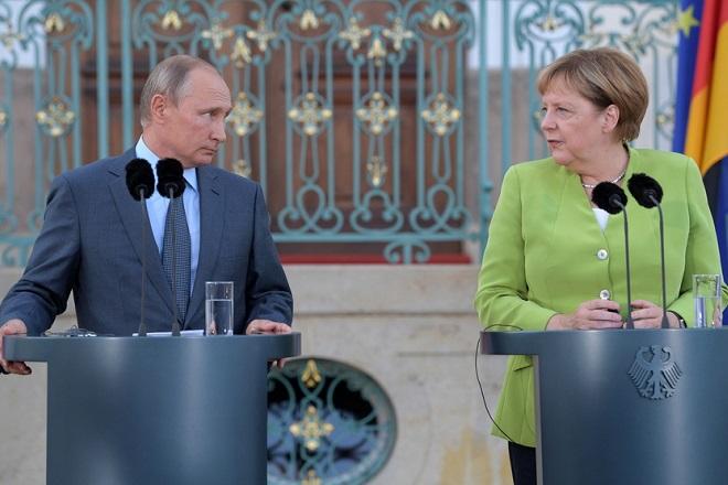 Μέρκελ- Πούτιν: «Καλή θέληση» για συνεργασία στην επίλυση διεθνών διενέξεων