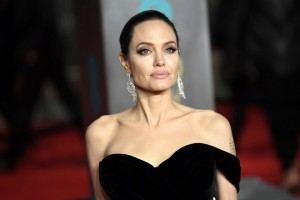 epaselect epa06540537 US actress Angelina Jolie arrives ahead of the 71st annual British Academy Film Awards at the Royal Albert Hall in London, Britain, 18 February 2018. The ceremony is hosted by the British Academy of Film and Television Arts (BAFTA).  EPA/NEIL HALL