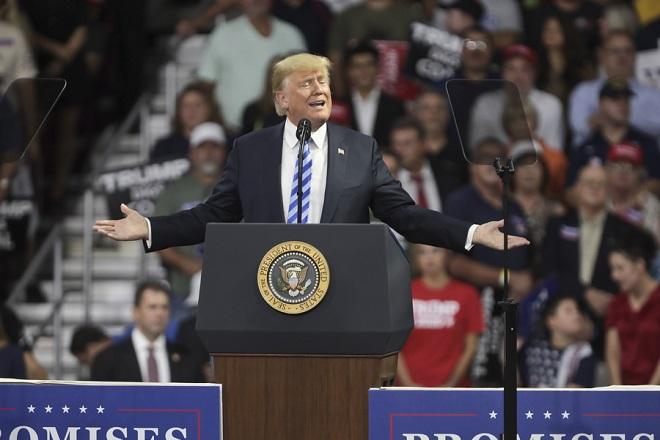 Τραμπ σε κρίση «μετριοφροσύνης»: Αν ποτέ καθαιρεθώ, θα καταρρεύσουν οι αγορές