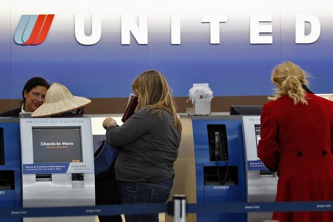 United Airlines: Φθηνότερες θέσεις μόνο στο πίσω μέρος του αεροπλάνου
