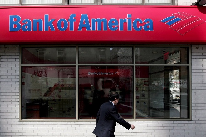 epa06673203 (FILE) - A file photo dated 22 April 2008 showing a view of a Bank of America branch in New York, New York, USA (re-issued 16 April 2018). Bank of America released their first quarter 2018 results on 16 April 2018, saying their 1st quarter net income increased to a record 6.91 billion USD, an increase of 30 per cent from same period in 2017.  EPA/JUSTIN LANE