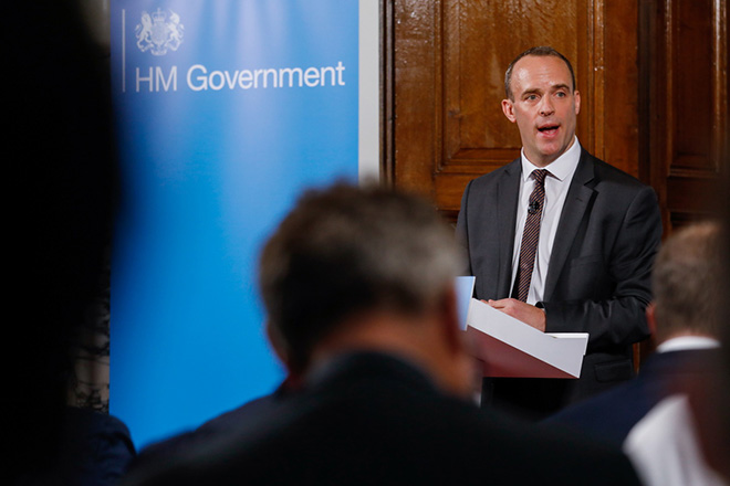 epa06966353 Dominic Raab, the British Secretary of State for exiting the European Union, delivers a speech in London, Britain, 23 August 2018. Britain wants life to continue as normal in the event of a hard Brexit with no deal.  EPA/LUKE MacGREGOR / POOL