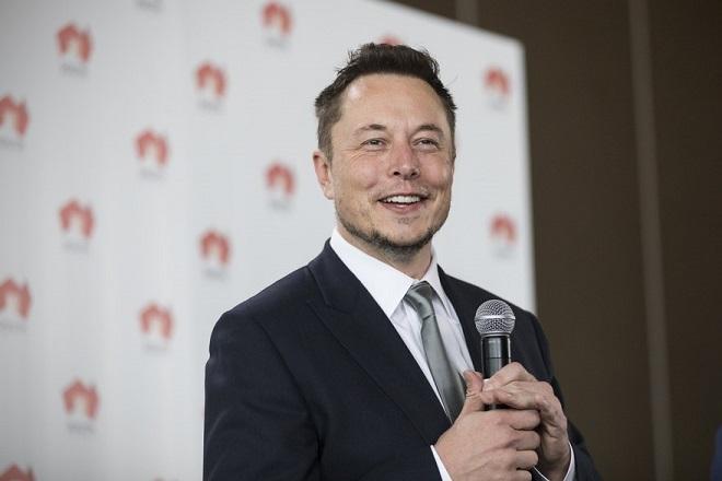Τόσο πλήρωσε ο Έλον Μασκ για το όνομα της Tesla