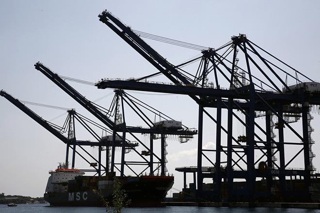 Handelsblatt: Πειραιάς, το νέο Αμβούργο;