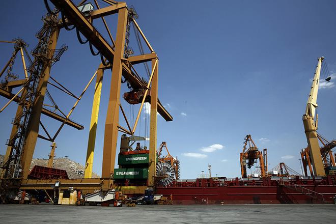 Σύγκρουση πλοίων στο Ικόνιο με έναν τραυματία