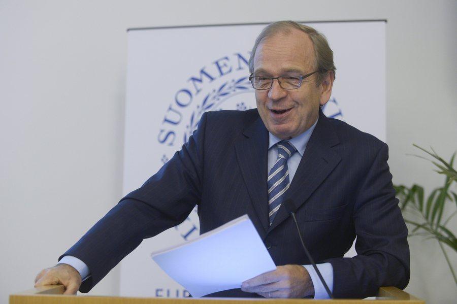 Bloomberg: Ο Φινλανδός τραπεζίτης που ετοιμάζεται να γίνει αφεντικό της ΕΚΤ
