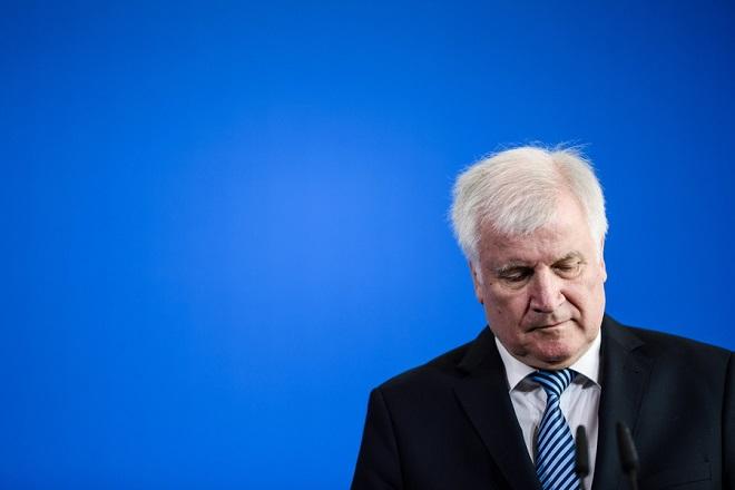 Χ. Ζεεχόφερ: Η μετανάστευση είναι η μητέρα των προβλημάτων