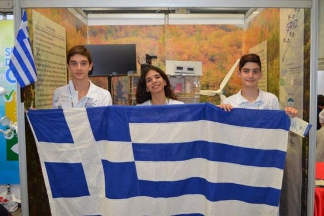 Η 23χρονη Ελληνίδα καθηγήτρια που κατέκτησε την πρωτιά στον κόσμο της ρομποτικής