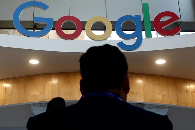 Παρατείνεται έως το τέλος του 2020 η τηλεργασία σε Google και Facebook λόγω κορωνοϊού