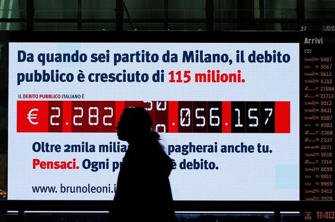 Μοσκοβισί και Έτινγκερ προειδοποιούν την Ιταλία για το δημόσιο χρέος της