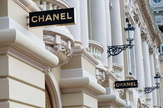 Τέλος στη χρήση «εξωτικών δερμάτων» στις δημιουργίες της βάζει η Chanel