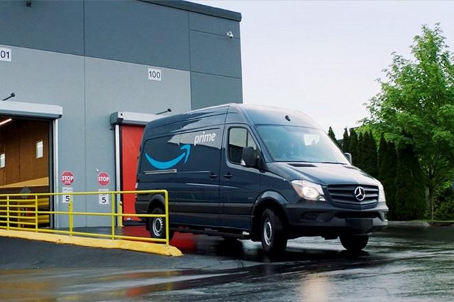 Ο λόγος για τον οποίο η Amazon αγόρασε 20.000 φορτηγά της Mercedes-Benz