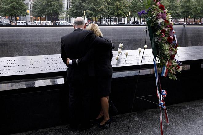 Τα περίπου 3.000 θύματα της 11ης Σεπτεμβρίου τιμούν σήμερα οι Ηνωμένες Πολιτείες