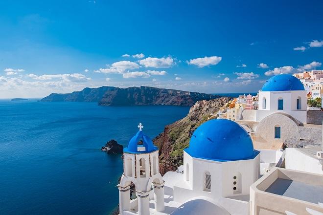 Είναι η Ελλάδα η τουριστική «πρωταθλήτρια» της Νότιας Ευρώπης; Οι τουρίστες αποφασίζουν τα υπέρ και τα κατά