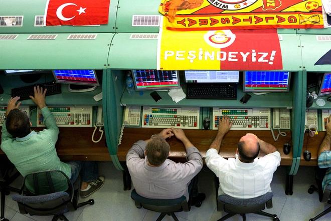 Σταθερή η ισοτιμία της τουρκικής λίρας – Θετική η χθεσινή αύξηση του επιτοκίου για την οικονομία