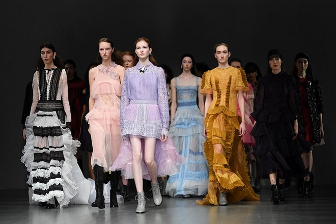 epa06532170 Models present creations by Bora Aksu at London Fashion Week in London, Britain, 16 February 2018. The presentation of the Women's Fall-Winter 2018/2019 collections runs from 15 to 20 February.  EPA/NEIL HALL