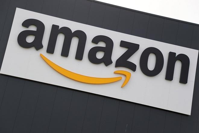 Εντός μηνών ξεκινούν παραδόσεις δεμάτων της Amazon με drone