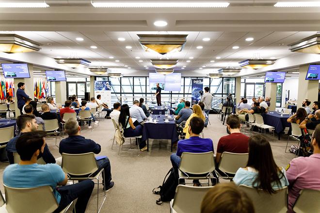 «Fitstartup» Bootcamp: Οι ομάδες του Disrupt Greece μιλούν για την εμπειρία τους, λίγο πριν τον τελικό