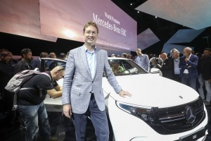 epa06996869 Ola Kaellenius, Head of research and development at Daimler, during the unveiling of Mercedes-Benz new electric SUV, the Mercedes EQC, at Artipelag art gallery in Gustavsberg, Stockholm, Sweden, 04 September 2018.  EPA/SOREN ANDERSSON SWEDEN OUT