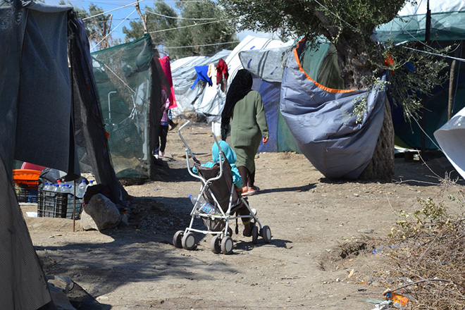 Συνολική βοήθεια 1,6 δισ. ευρώ στην Αθήνα για τη διαχείριση του προσφυγικού έχει εγκρίνει η Κομισιόν