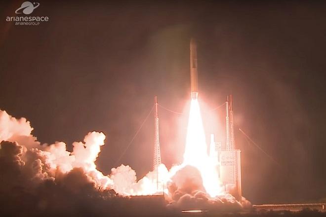 Εκτοξεύτηκε για 100ή φορά ο ευρωπαϊκός πύραυλος Ariane 5