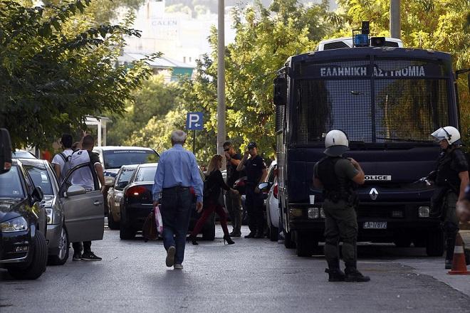 Σε εξέλιξη προκαταρκτική έρευνα από την ΕΛΑΣ για το βίντεο με τη σύλληψη του Ζακ Κωστόπουλου