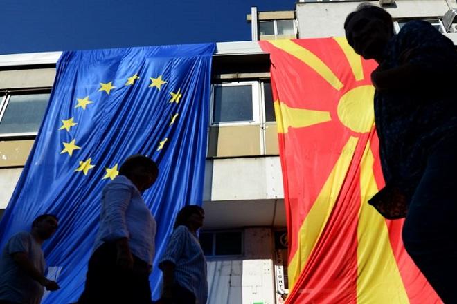 Αντίστροφη μέτρηση για το κρίσιμο δημοψήφισμα στην ΠΓΔΜ