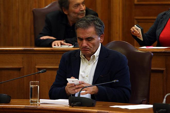Τσακαλώτος: Ο Μητσοτάκης κάνει παροχολογία, εμείς έχουμε δημοσιονομικό χώρο