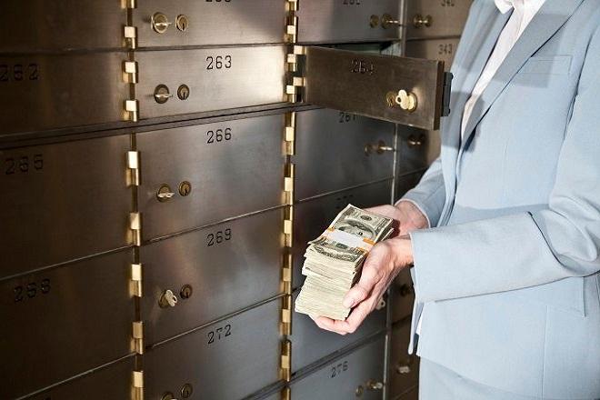 Τέλος στην εποχή του τραπεζικού απορρήτου της Ελβετίας