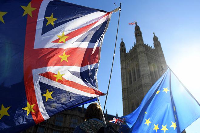 Απόσχιση από το Ηνωμένο Βασίλειο ενόψει Brexit προτείνει η πρωθυπουργός της Σκωτίας