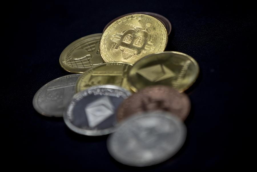 Οι μυστηριώδεις «φάλαινες» που κατέχουν μεγάλα αποθέματα σε bitcoin