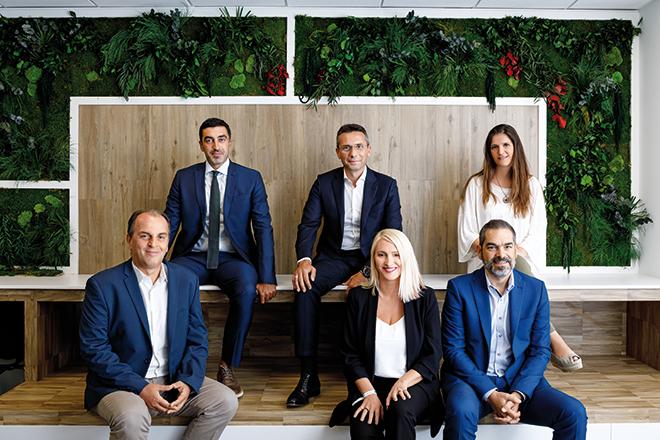 Παπαστράτος: Η ομάδα που οδηγεί την εταιρεία στη μεγαλύτερη πρόκληση της ιστορίας της