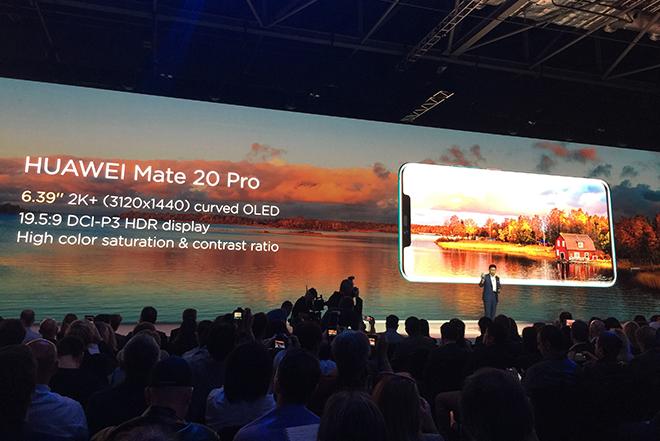 Η Huawei περνά από την εποχή των smartphones στα intelligent phones