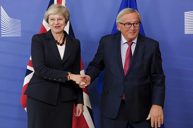 Μέι: Τώρα είναι η ώρα να κάνουμε πραγματικότητα μια συμφωνία ΕΕ-Βρετανίας
