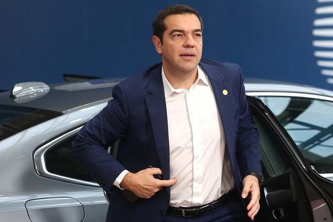 Επιστρέφει στην Αθήνα ο Αλέξης Τσίπρας – «Ισχυρή πλειοψηφία» υπέρ του Τίμερμανς για την ηγεσία της Κομισιόν