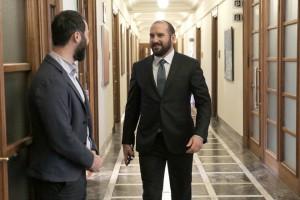 Ο υπουργός Επικρατείας και κυβερνητικός εκπρόσωπος Δημήτρης Τζανακόπουλος προσέρχεται στη συνεδρίαση του Υπουργικού Συμβουλίου υπό την προεδρεία του πρωθυπουργού Αλέξη Τσίπρα στη Βουλή,  Αθήνα, Τρίτη 16 Οκτωβρίου 2018. ΑΠΕ-ΜΠΕ/ΑΠΕ-ΜΠΕ/ΣΥΜΕΛΑ ΠΑΝΤΖΑΡΤΖΗ