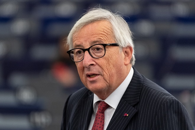 epa07112767 Jean-Claude Juncker, President of the European Commission, delivers his speech at the debate on the future of Europe in Strasbourg, France, 23 October 2018.  EPA/PATRICK SEEGER