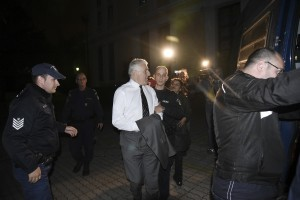 Ex defence Minister Giannos Papantoniou is jailed for embezzlement, in Athens, on Oct. 24, 2018 / Ο πρώην υπουργός Εθνικής Άμυνας Γιάννος Παπαντωνλιου οδηγείται στις φυλακές, στις 24 Οκτωβρίου, 2018