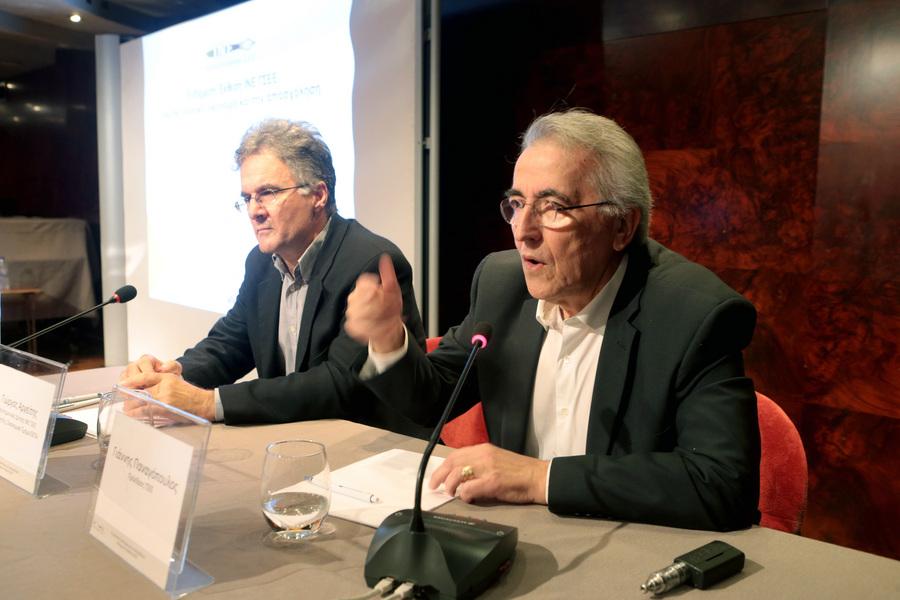 Την επαναφορά του κατώτατου μισθού στα 751 ευρώ χωρίς διακρίσεις ζητά η ΓΣΕΕ