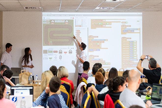 Πάνω από 300 μαθητές συμμετείχαν στο CodeAthon στο πλαίσιο της Ευρωπαϊκής Εβδομάδας Προγραμματισμού