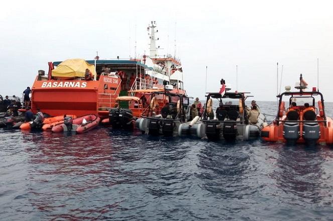 Νέες εξελίξεις για το αεροπορικό δυστύχημα στην Ινδονησία