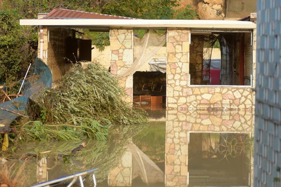 Τραγωδία στη Σικελία: Ξεκληρίστηκε εννεαμελής οικογένεια από τις πλημμύρες